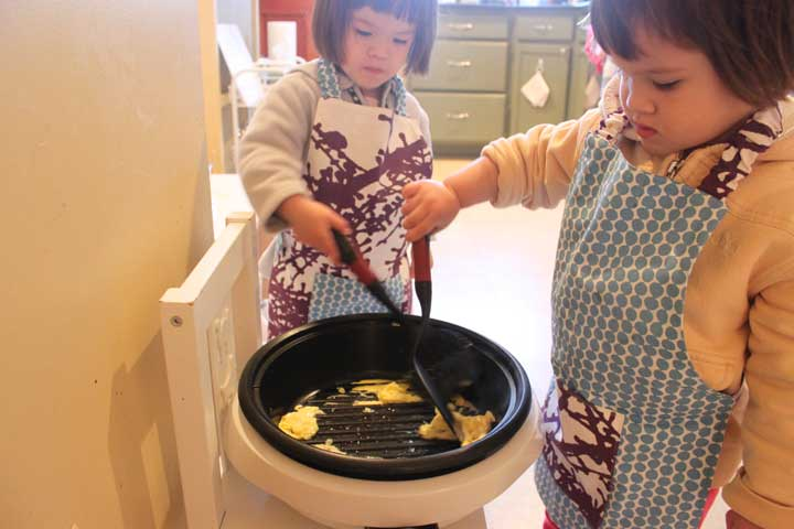 B and M Making Eggs In the Kitchen (25 months old)