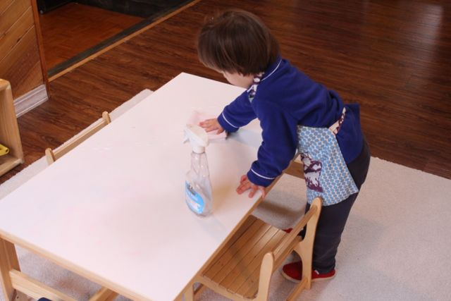 how to get wax off of a table runner